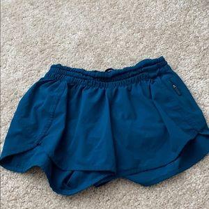 Blue green lululemon tracker short